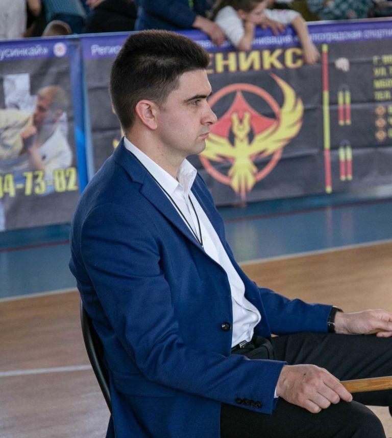Махмудов Руслан Равильевич
